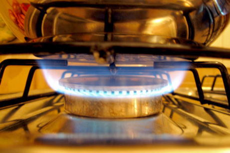 Stove burner with flames
