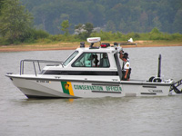 Officers train with new 27 foot patrol boat on Lake Monroe