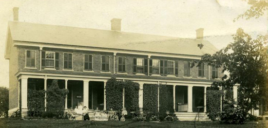 Noncommissioned Officers Quarters, circa 1910.