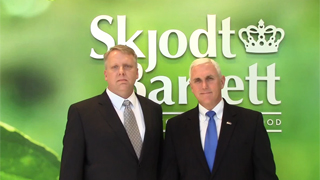 Canada: Governor Mike Pence joins Skjodt-Barrett General Manager Mike Brannan