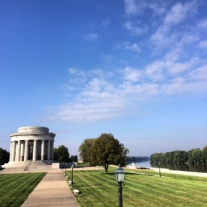 George Rogers Clark Memorial, Vincennes, Indiana Photo courtesy of Rene' Stanley.