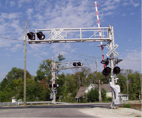 railroad crossing safety essay Rail road crossings can be very dangerous, lives have been lost because of poor judgment when coming to a railroad crossing you must first make a complete stop and pay attention to flashing lights and gates lowering also.
